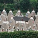 This Eco-Community in Peru is Known for Its Cone-Shaped Structures